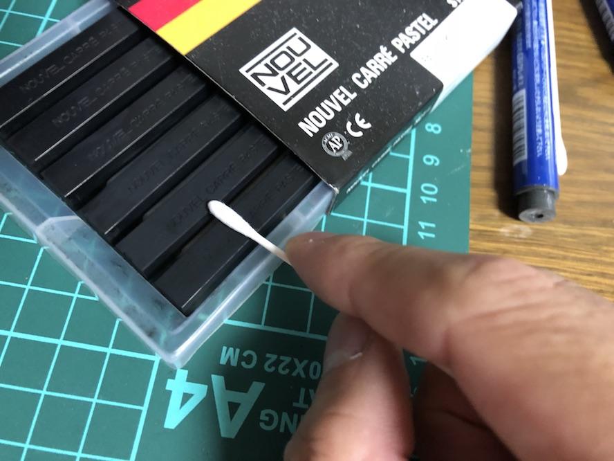 『RG サザビー』をスミ入れ+シャドウ塗装したらよりマッシブになりました