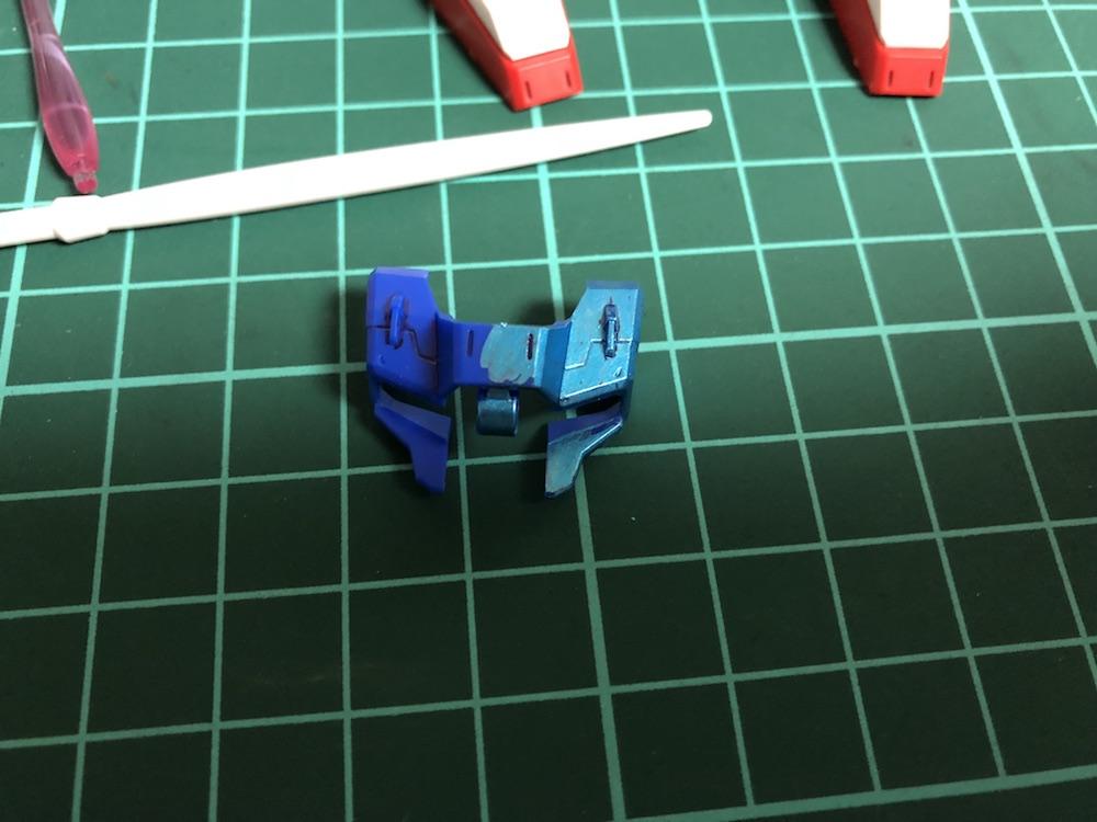 クロスシルエット『Z(ゼータ)ガンダム』をメタリック塗装&パーツ改造してみた
