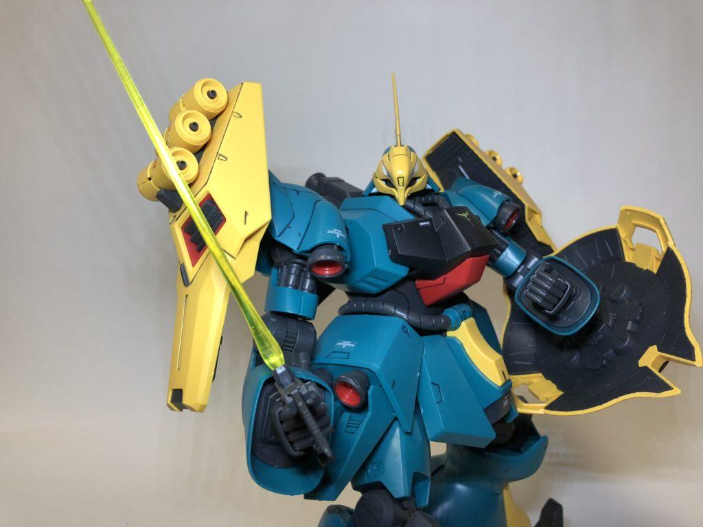 RE/100『ヤクトドーガ(ギュネイ・ガス機)』ガンプラレビュー